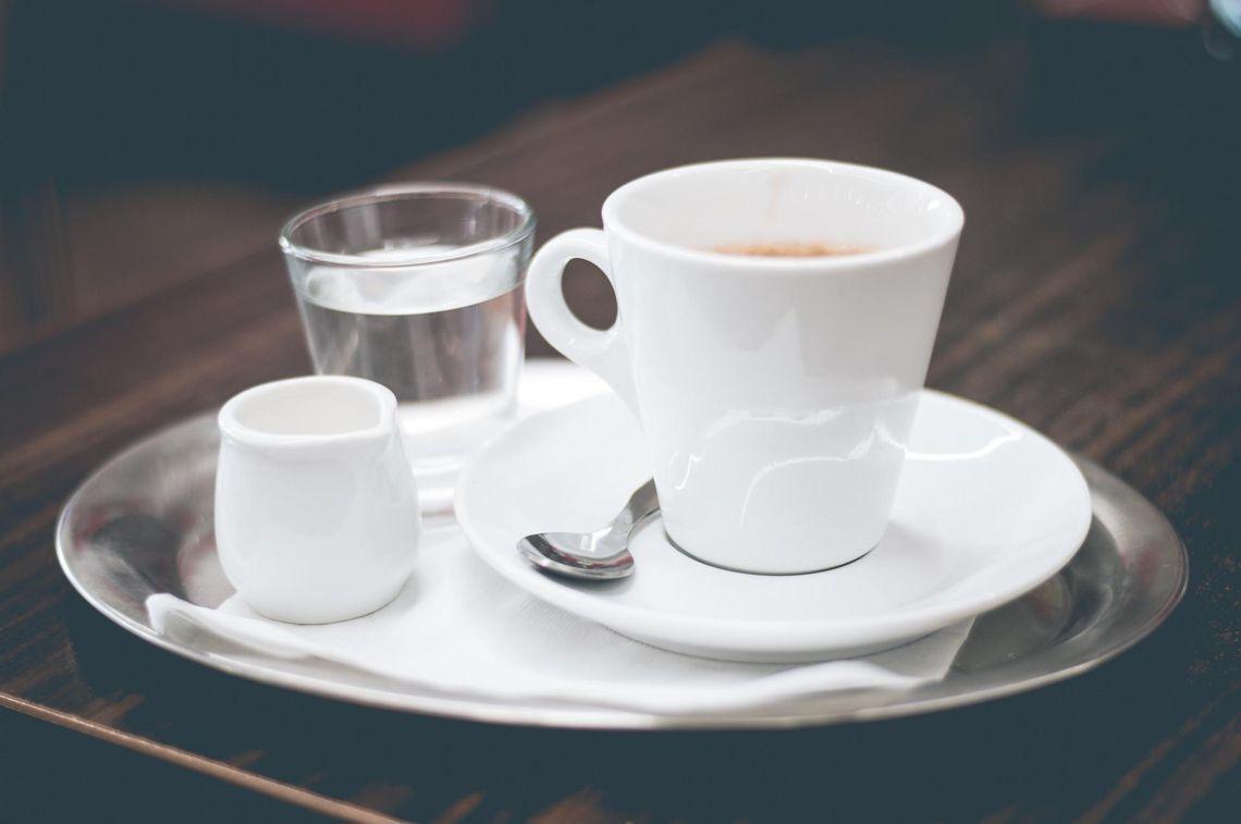 Obrazek - Kawowy savoir vivre, czyli w czym pić kawę?